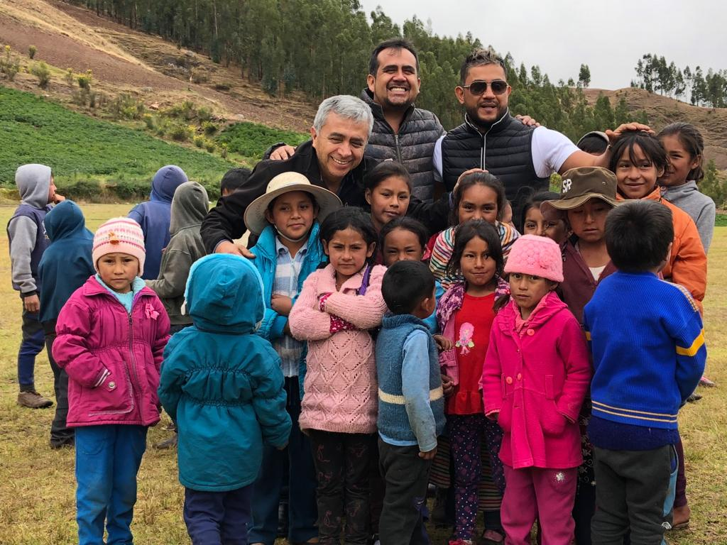Exandal helps childrens in need in Perú